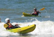 kanoen zee strand personeelsuitje